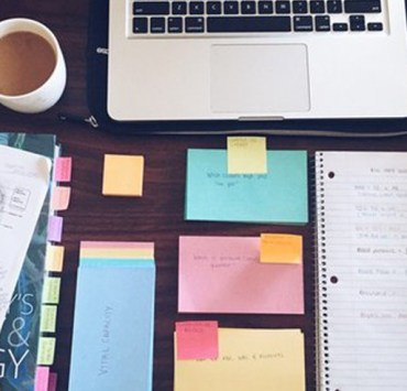 Being organised is essential to succeeding at university. Here are 8 ways to stay organised at uni to keep you stress free and on the right track!