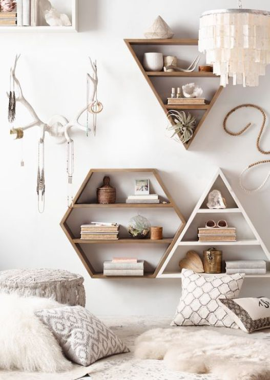 Shelves are an amazing Uni room decoration idea!