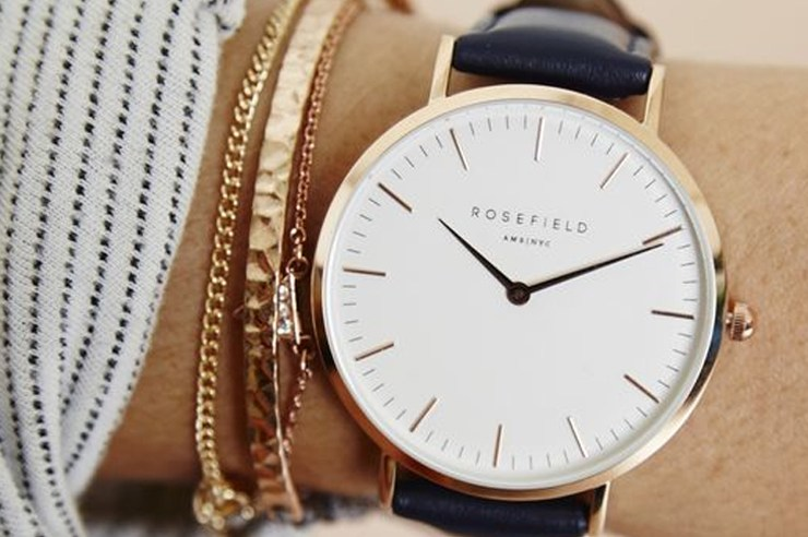 Are you looking for the best affordable women's watches? These cheap watches have the highest regard when it comes to inexpensive accessories. Not to mention, they're good quality too!