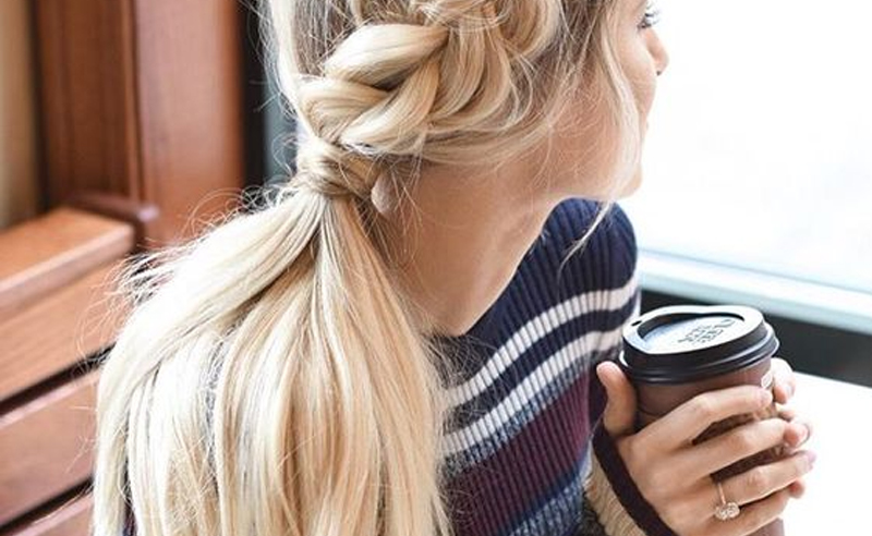 If you're looking for some easy hair plaits do to in time for summer or spring, then these braids are for you! Whether you have long, short, or medium hair - try out these cute plait styles !