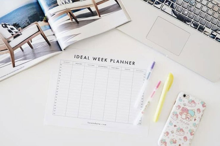 Stationary equipment is definitely necessary when it comes to University. However, with everything digital nowadays, how much do you really need? Here's the most useful stationary you'll be needing!