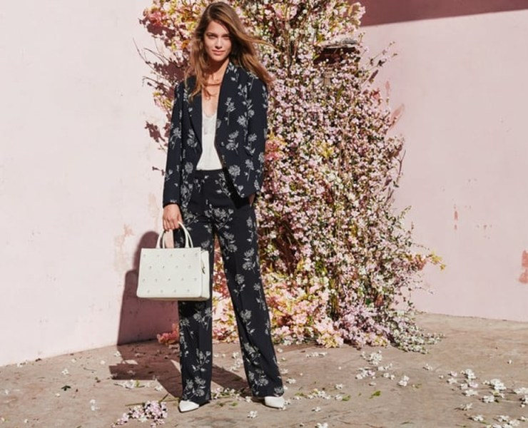Try women's trouser suits for any occasion. Whether it be at work, a wedding or weekend brunch, these trouser suits exude confidence and empowerment. Spruce up the traditional pantsuit with patterns, florals, velvets and cropped blazers for optimum effect.