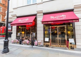 This is one of the cutest eateries around London!