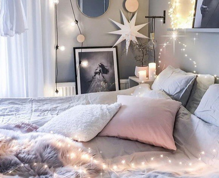 If you are looking to design your bedroom in your new apartment or dorm room and want to keep it affordable, we have you covered. No matter your style, there are ways to decorate your bedroom while keeping costs low.