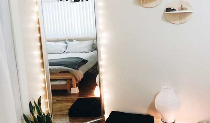 Your Uni room will be one of the few things you'll have control over during your degree, so here are a few tips to make your uni room feel more like home when you need to scream into your pillow for an hour straight because your lecturer's notes don't make sense…again.