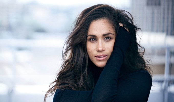 Are you loving every single look that Meghan Markle wears? From dressy occasions to classic street style, she is rocking it. We've rounded up a list of the top 10 Meghan Markle fashion looks that we are really into.