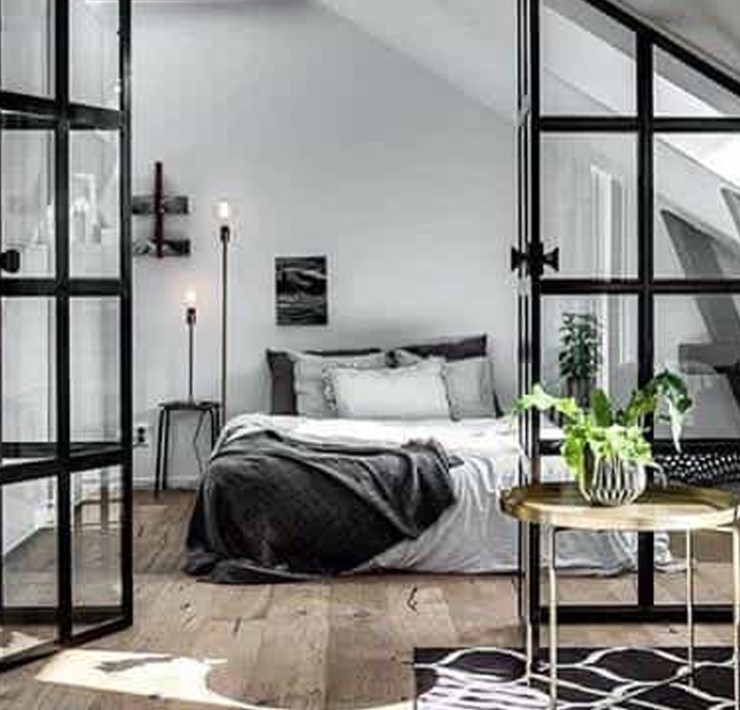Take a look at this chic and cheap home decor for your flat! From lighting to pillows to towels to unique candle holders to rugs, we have you covered! These items are inexpensive and can be shipped right to your door, but the best part is they will add trendy aesthetic to your flat as well.