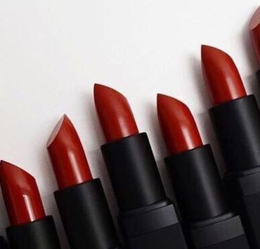 Red lipsticks are classic for any occasion. They can help boost a casual outfit or add something extra to a dressy night out. We have rounded up the best iconic red lipsticks for you to have in your purse at all times.