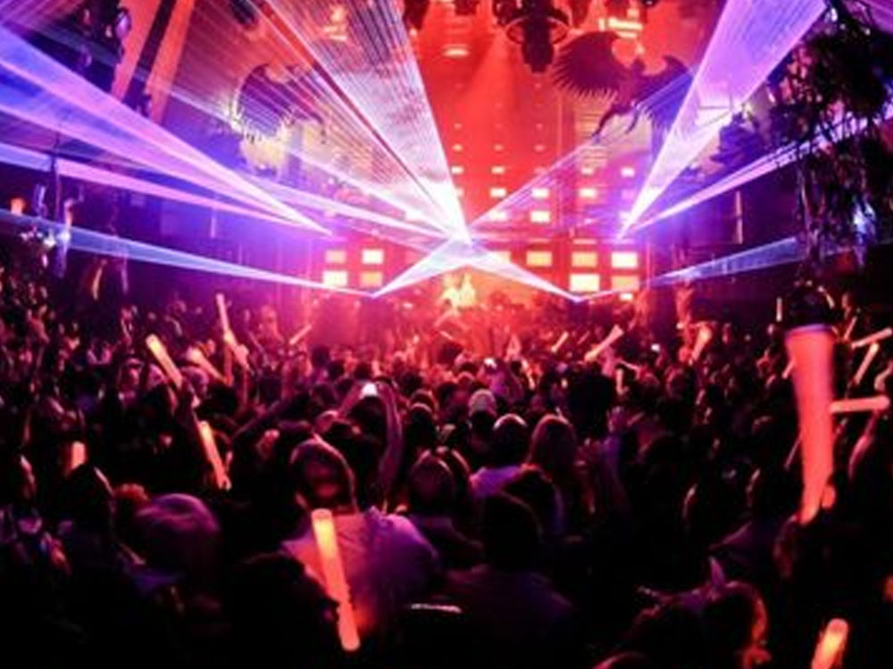 Want to find the best clubs in Glasgow? Discover our list of the best clubs in Glasgow for you to have a great night! Party vibes guaranteed!