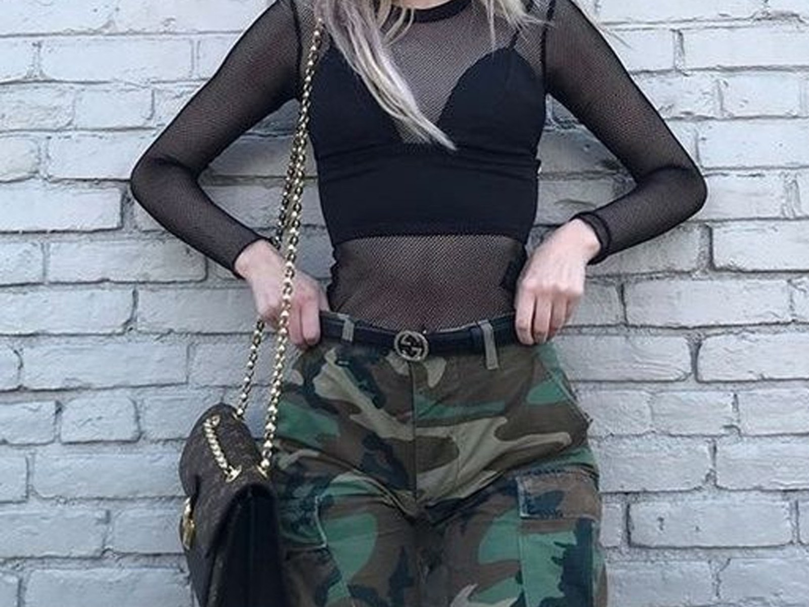 Cargo pants styles are back in! Look at our favourite styles today and see which outfits you love the most. Rock these cargo pants on your next night out!