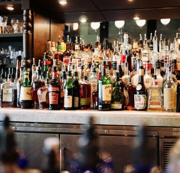 10 Tips For Surviving Your First Pub Crawl
