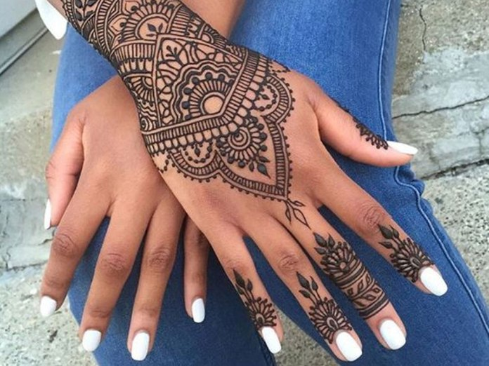 Inflicting Ink Tattoo Henna Themed Tattoos: 15 Henna Tattoo Ideas That Are Perfect For Your Next