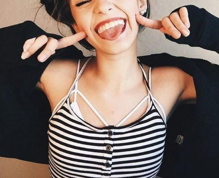 When it comes to charcoal teeth whitening products, these are the best to choose from that contain activated charcoal that will brighten your smile!
