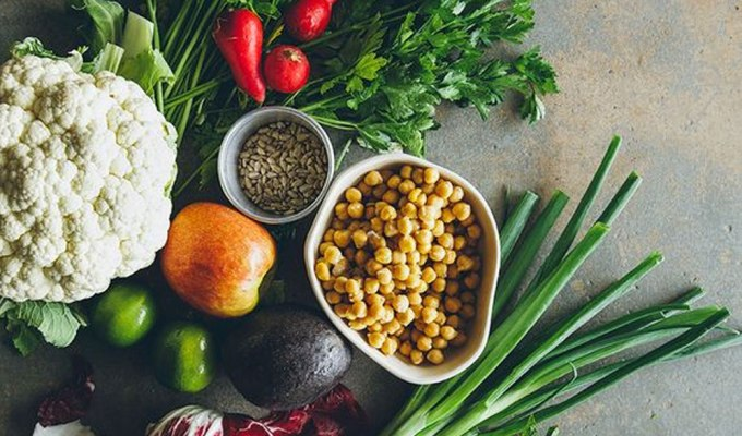 Find out about the benefits of being vegetarian! Although it might be a hard diet to follow, you will find that vegetarianism has many benefits.