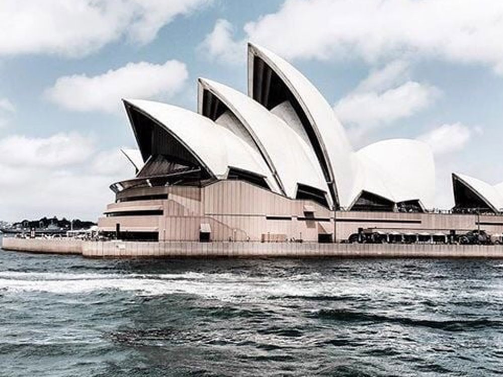 Here is why you should spend your gap year in australia, and have the time of your life! This will be trip of a lifetime full of life lessons.