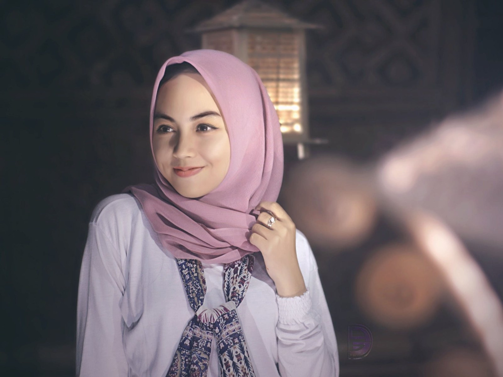 There are so many options for hijab styles to wear, and we can help you pick out the best one for you based on your face shape!