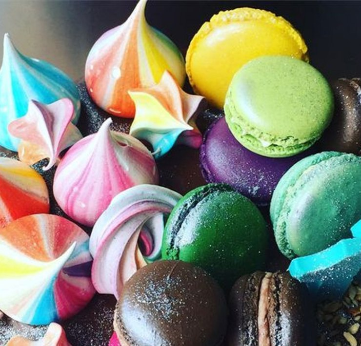 Enjoy these Manchester desserts next time you visit the city. Find out about the best sweet treats to try out in Manchester.