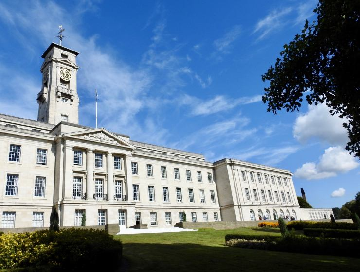 University of Nottingham is a great school, but freshers here tend to make a lot of mistakes! Here are some of the biggest mistakes every Freshman makes!