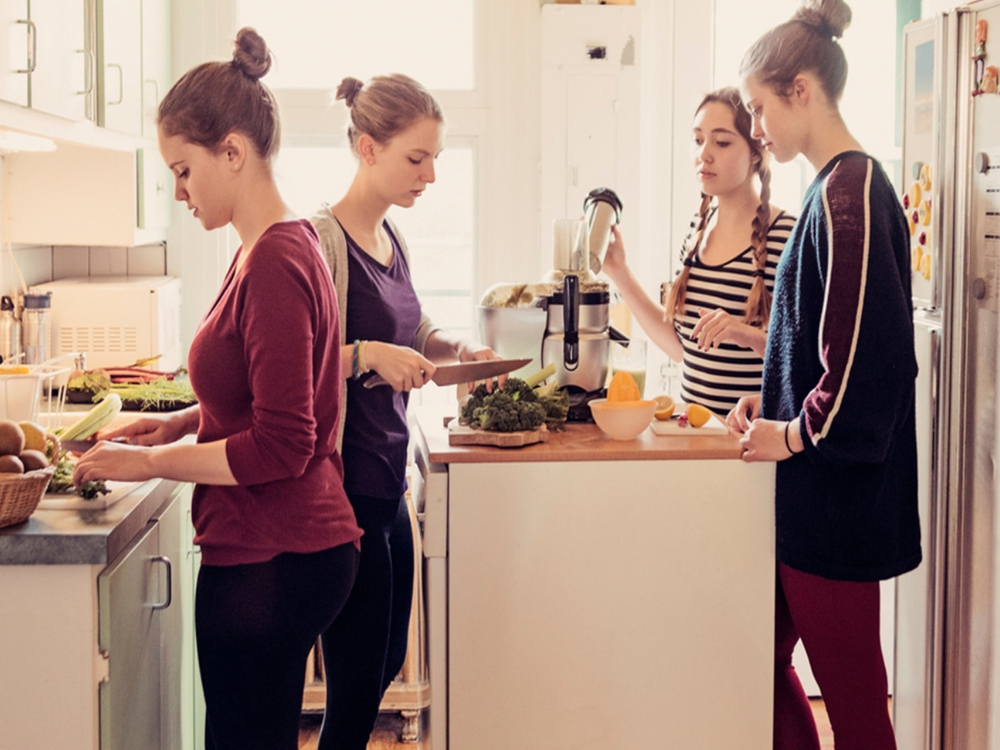 Flatmate struggles are something you can expect to encounter while living in a flat in college. Here are some of the biggest problems you may have.