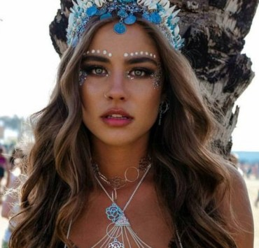 10 Coachella Outfits That Will Look Fab On You This Festival Season
