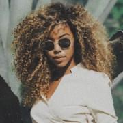 5 Techniques To Define Your Curls