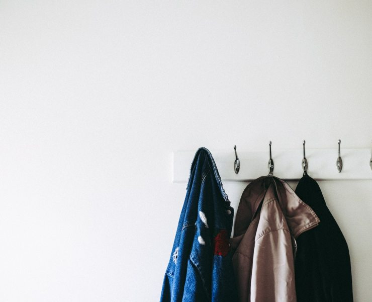 Men's coats and jackets can be tough to find. But fear not, I'm here to help you! Here are my 8 evergreen men's coats that will make heads turn.