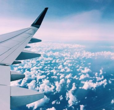 10 Long Haul Flight Essentials That You Need
