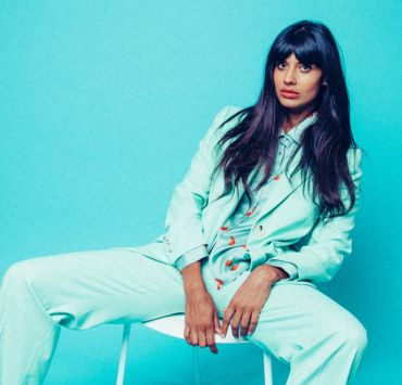 Reasons why Jameela Jamil has created this years best mental health campaign. Creating body positivity she is paving the way for stronger self love.