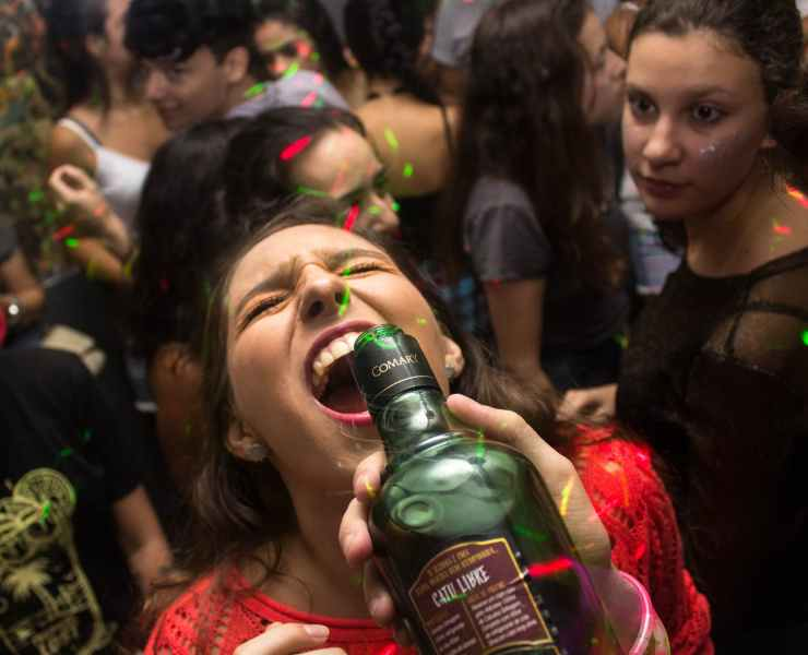 If you're a college freshman and haven't yet warmed up to the idea alcohol, chances are you're going to bump into a party or two. And you'll get drunk.