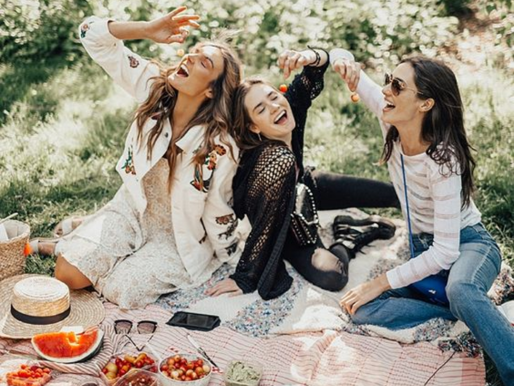 Read our 10 ideas for a quick trip with your best friend if you're looking for something fun and different to do this weekend!