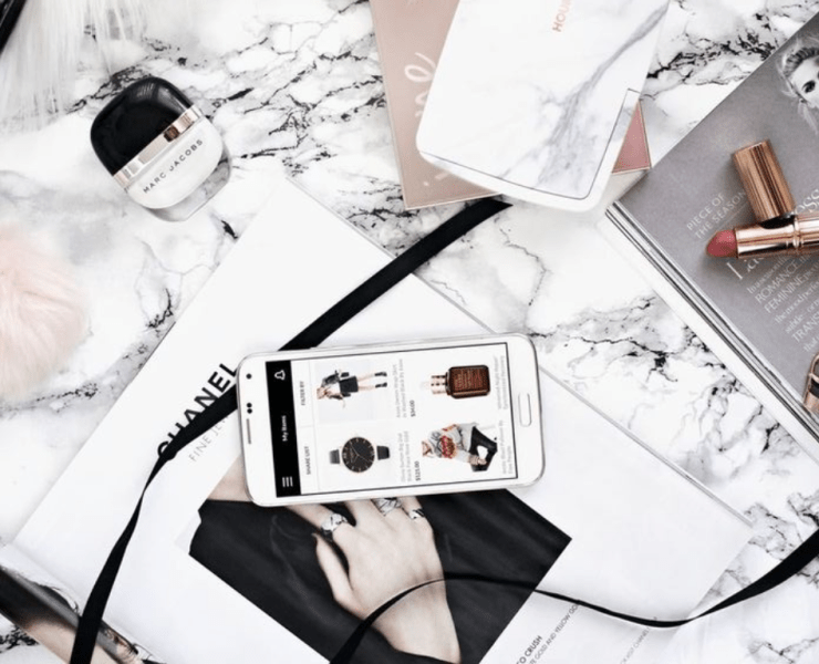 Looking for the best way to take your fashion obsession everywhere with you? Try these 10 fashion apps for the style queen!