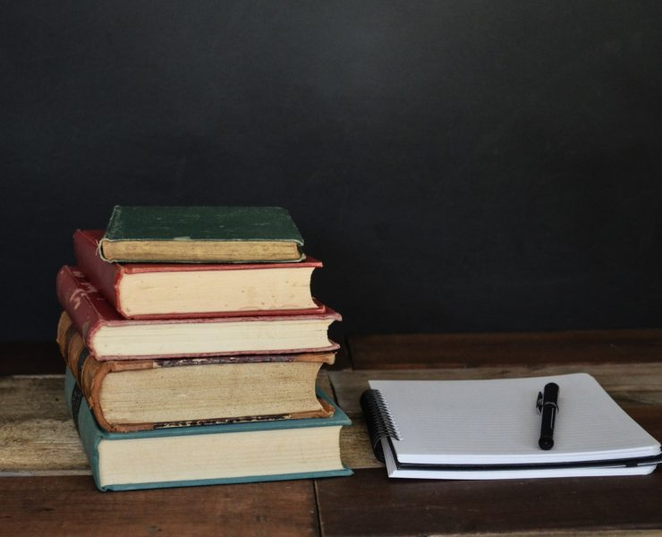 College textbooks can be extremely costly, so why not get a used one? Here are 10 Reasons Used College Textbooks Are Better.