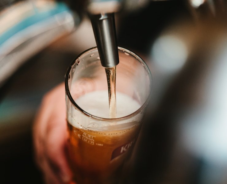 Discover our selection of the coolest breweries in London, and welcome Summer with a pint! Enjoy a large variety of handcrafted and home-made beer!