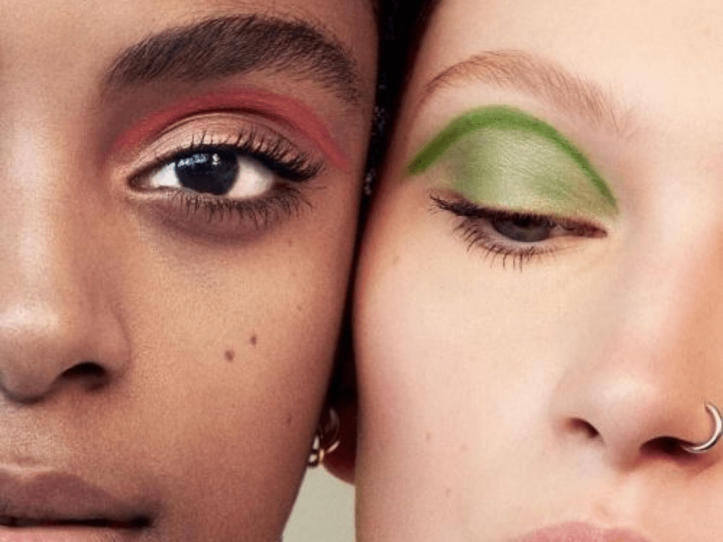 Do you want make your eye stand out? We selected for you, some of the best eyeshadow palettes you can buy for cheap! Check them out!