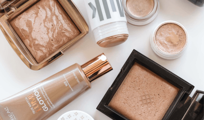 Even celebrities love makeup products from the humble drugstore. This list of celeb-approved makeup products will elevate your makeup routine!