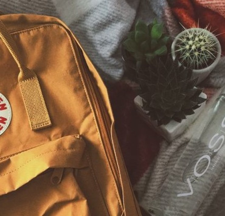 10 Backpack Essentials You Need For Back To School Season