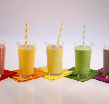 There is no better way to start the day than with an easy and healthy breakfast smoothie! Here is a list of 10 breakfast smoothie recipes for everyone.