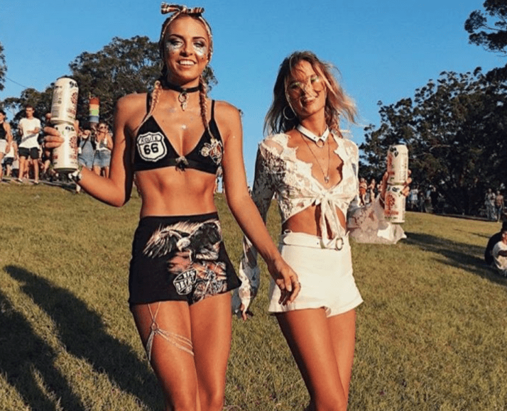 Festivals are a great time to dress up so here are 10 festival outfit ideas you can check out! Dare a little and be the festival fashion queen!