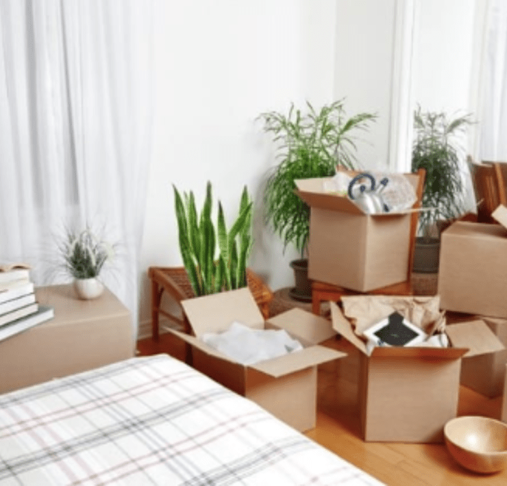 Moving to a new home? Don't panic, follow these 5 top moving tips to ensure your move is as stress free and efficient as humanly possible!