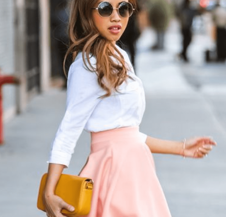 If you're under 5'3 and want to look taller, look no further! These flattering petite girls outfit ideas will have you working all the trends!