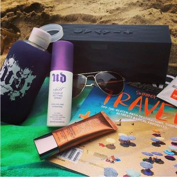Urban Decay Chill Cooling and Hydrating Makeup Setting Spray