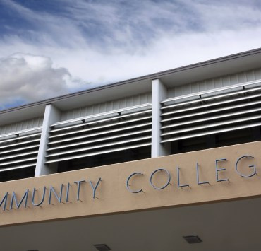 Benefits of Attending a Community College, The Benefits of Attending a Community College