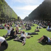 If you're doing a study abroad semester at your college or university, Paris is a great place to live! Here are some tips for studying abroad in Paris!