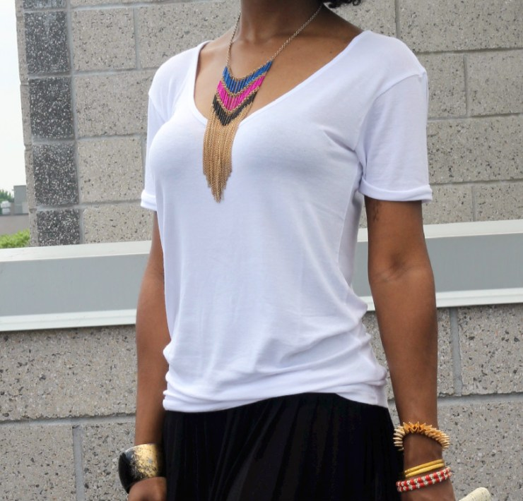 10 Ways To Style Your Basic White Tee This Fall