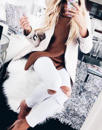 Camel Fall sweaters - turtleneck