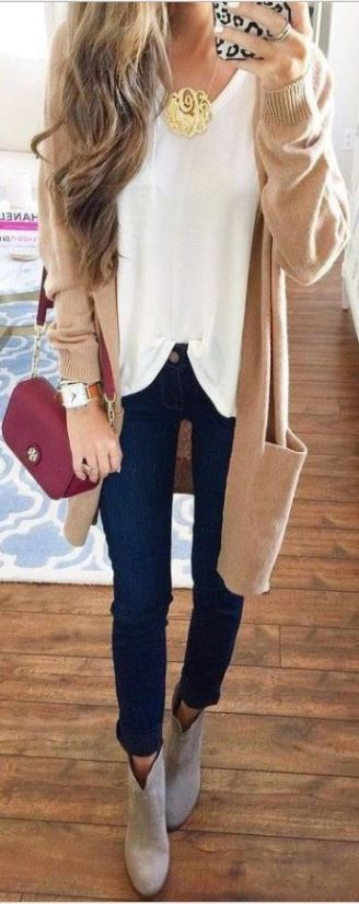 This beige cardigan and gold monogrammed necklace are so cute for Thanksgiving!