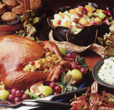 Every family has their staples when it comes to the holidays! Take a look at these 10 essential thanksgiving dishes for some extra inspiration.