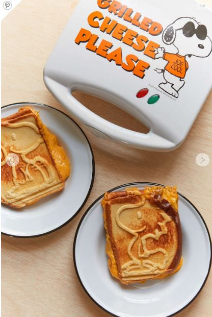 Now you can have a grilled cheese with some adorable characters.