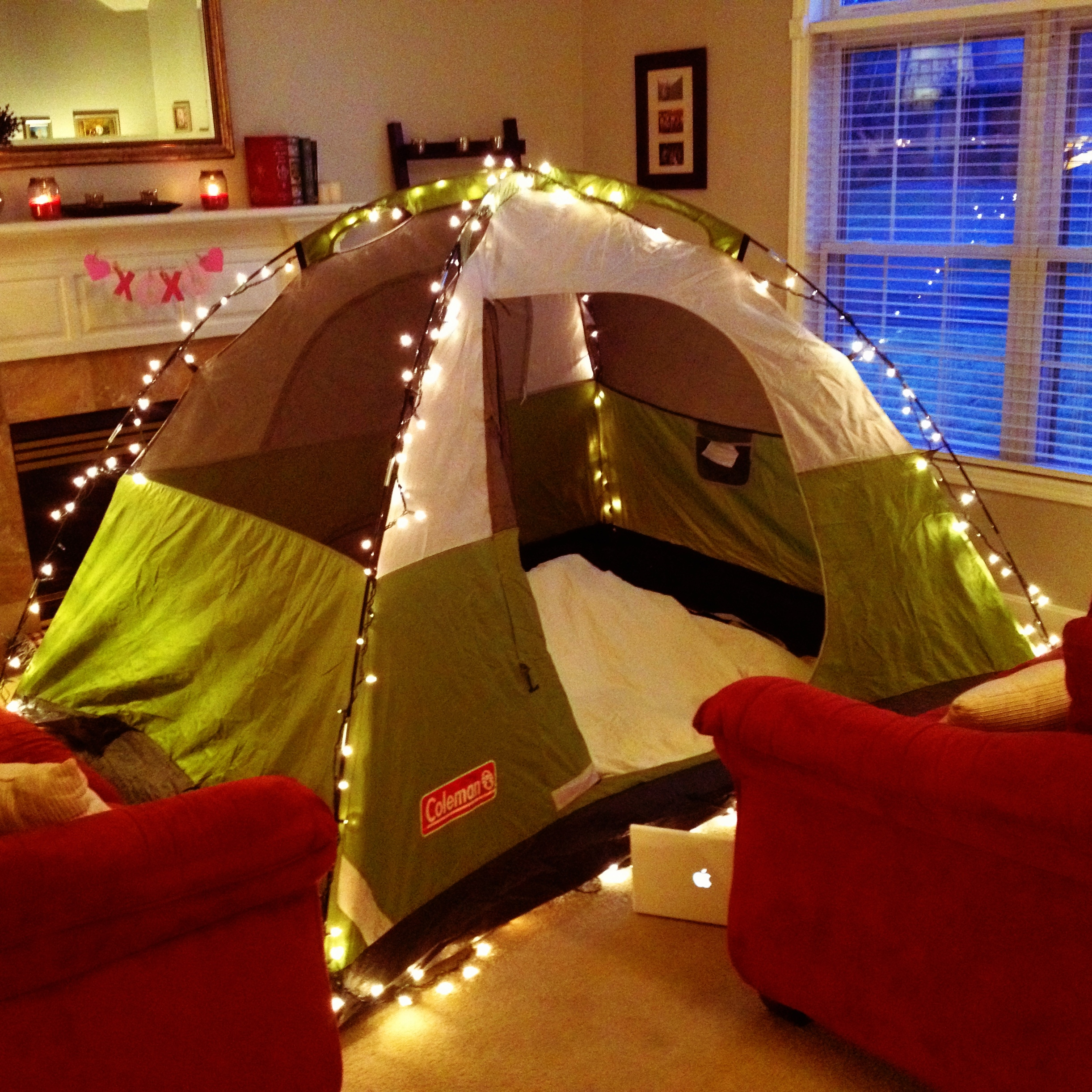 An Indoor Camping Date Is A Creative Valentineu0027s Day Date Idea!