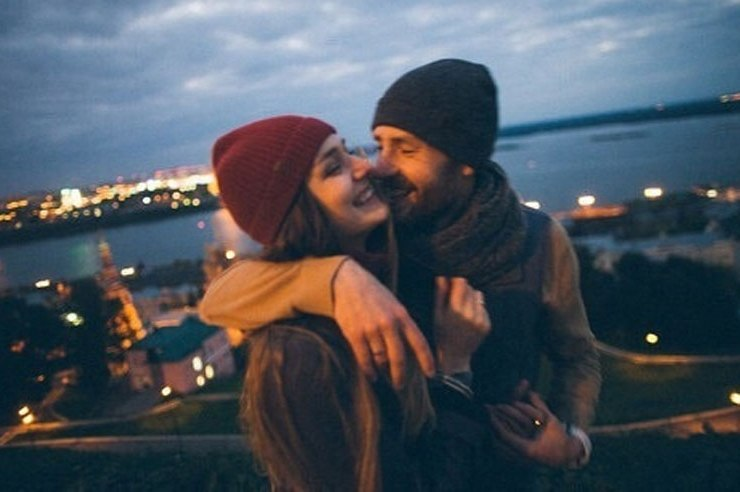 If you're trying to figure out what to do for your boyfriend or girlfriend this Valentine's day, here are some fun and creative Valentine's Day date ideas!